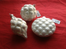 Puffy  White Glass Ornaments Flat ball/ball/shuttle 3 assort 3, 4 & 5 Inch High image 1
