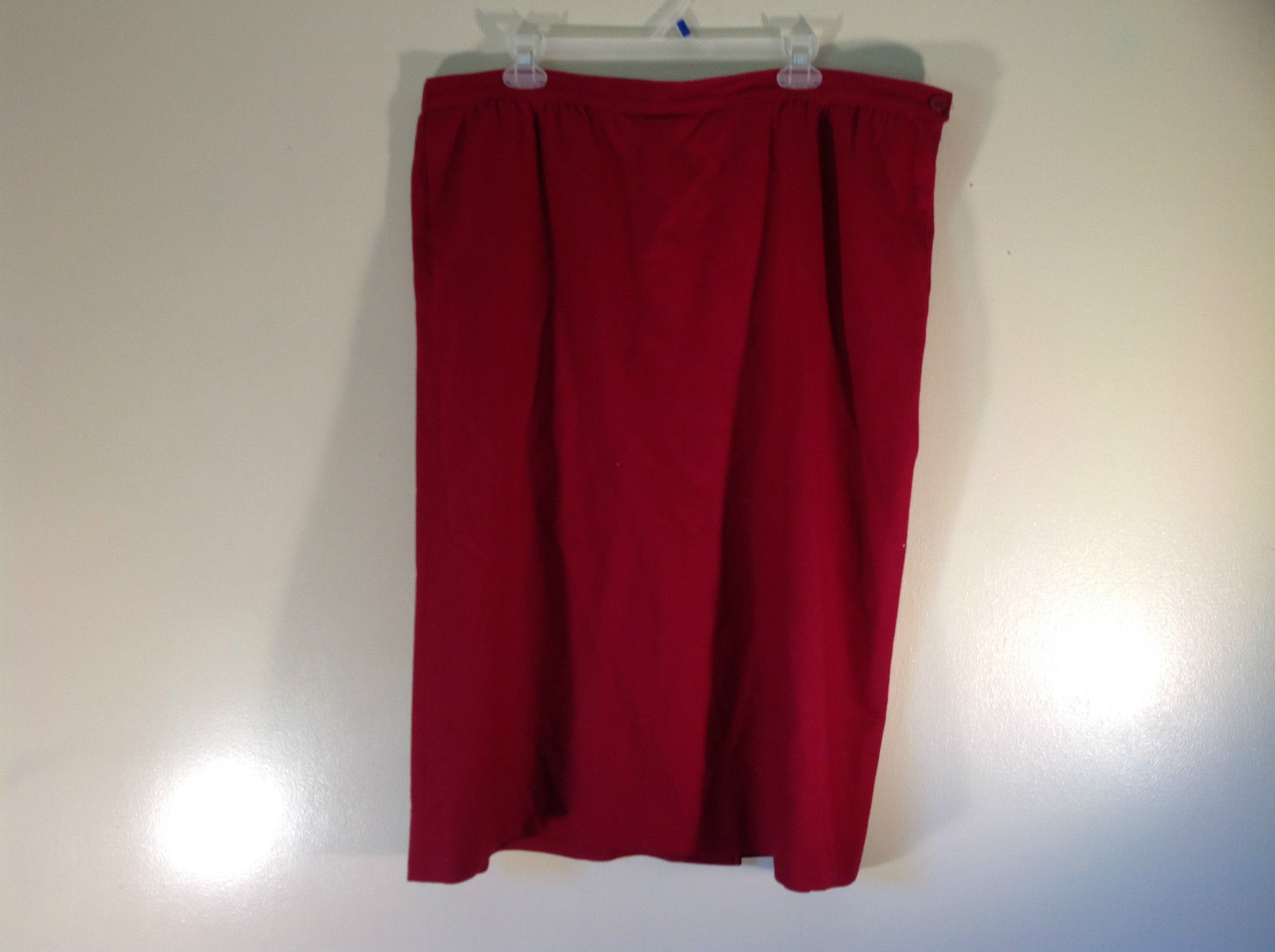 Pure Virgin Wool Pendleton Red Skirt with Pockets Side Zipper Button Closure USA
