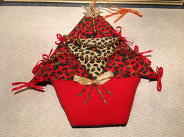 Quilted Christmas Ornament Gift Basket Red Green White Beads