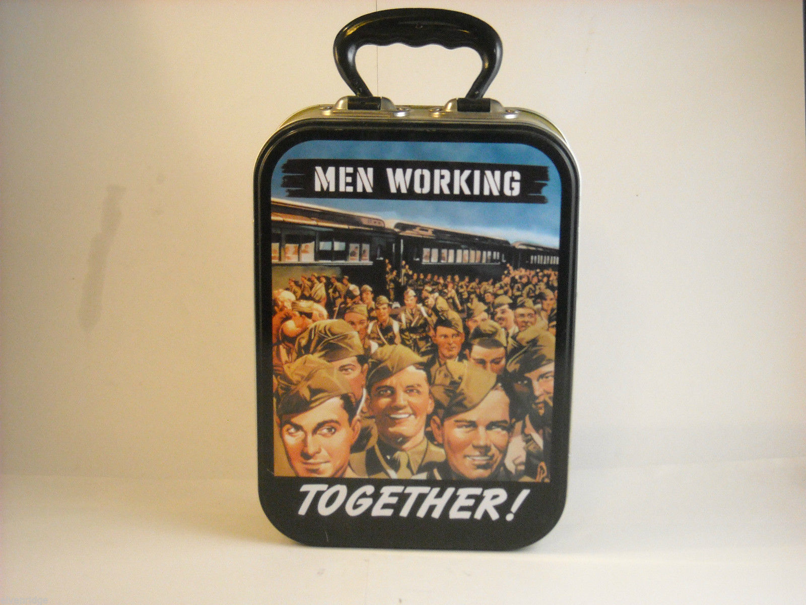 REPRODUCTION Lunch box Men Working Together 1940s propaganda