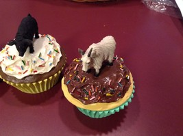 Animal cupcake trinket box seconds Deer buck porcupine black pig mountain goat image 5
