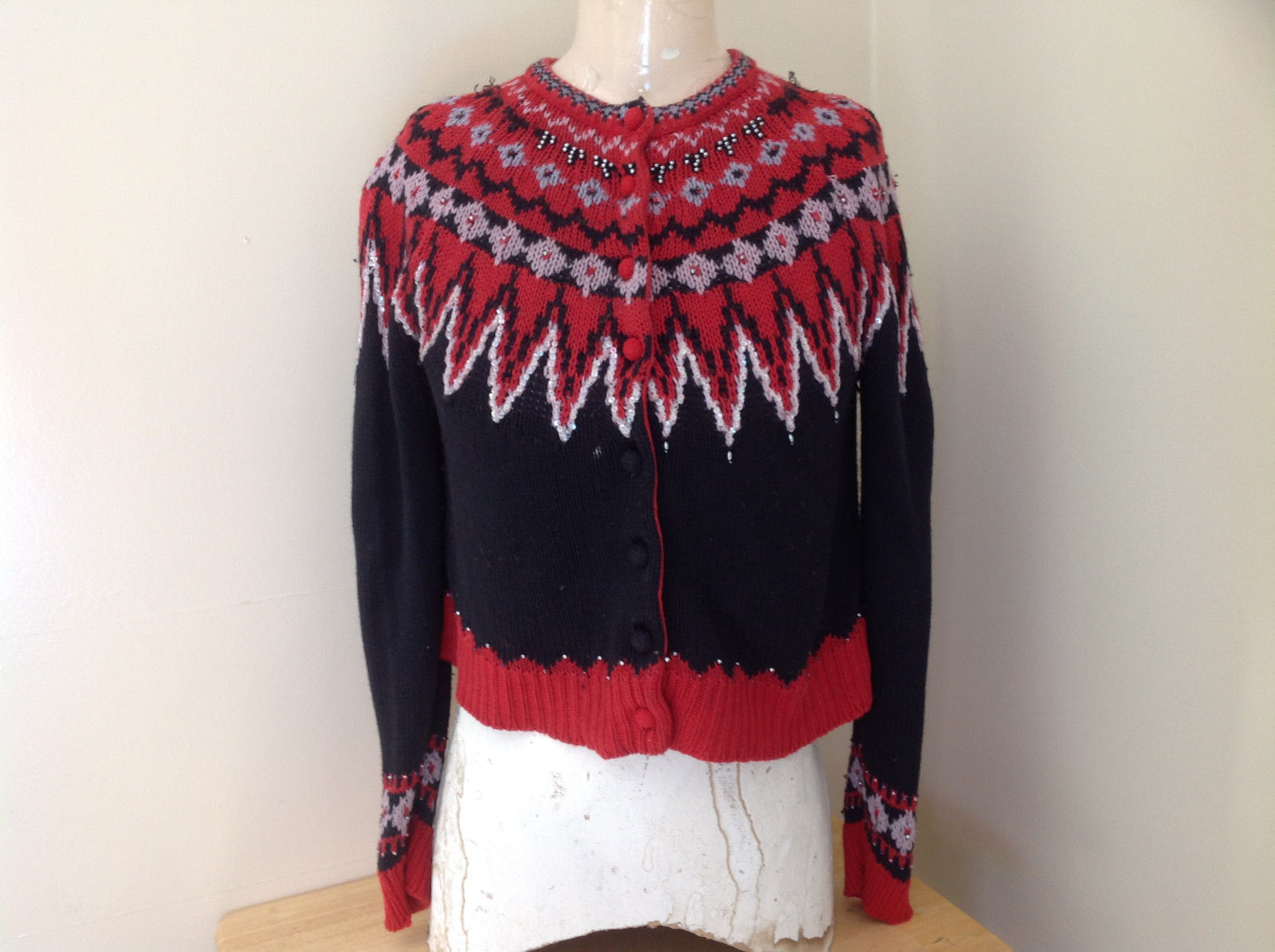 Red Black Bead Decorated Knit Sweater Made in China Lance Earesh Size Medium - $39.99