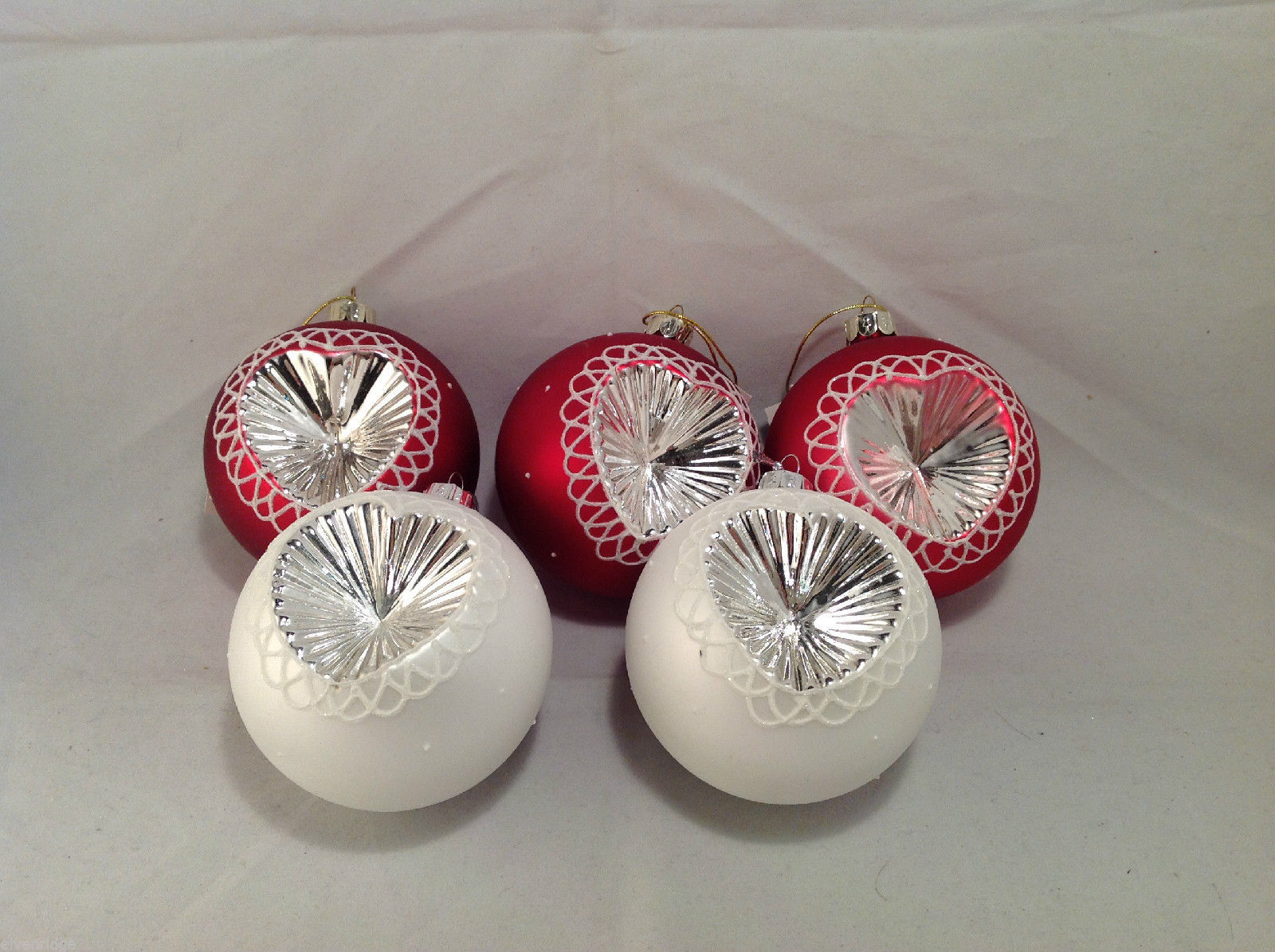 Red White Blown Glass Ball with Heart Holiday Ornament, Set of 5.