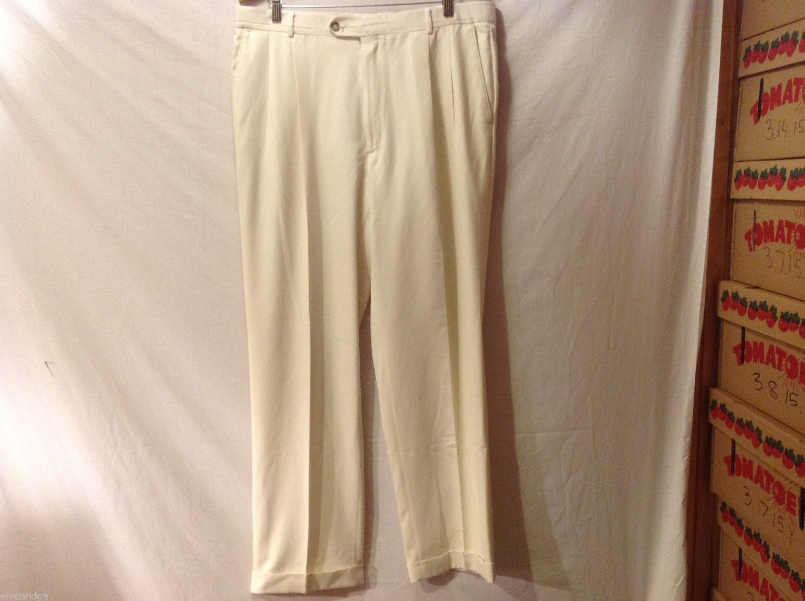 Rendezvous Womans Cream Colored Dress Pants