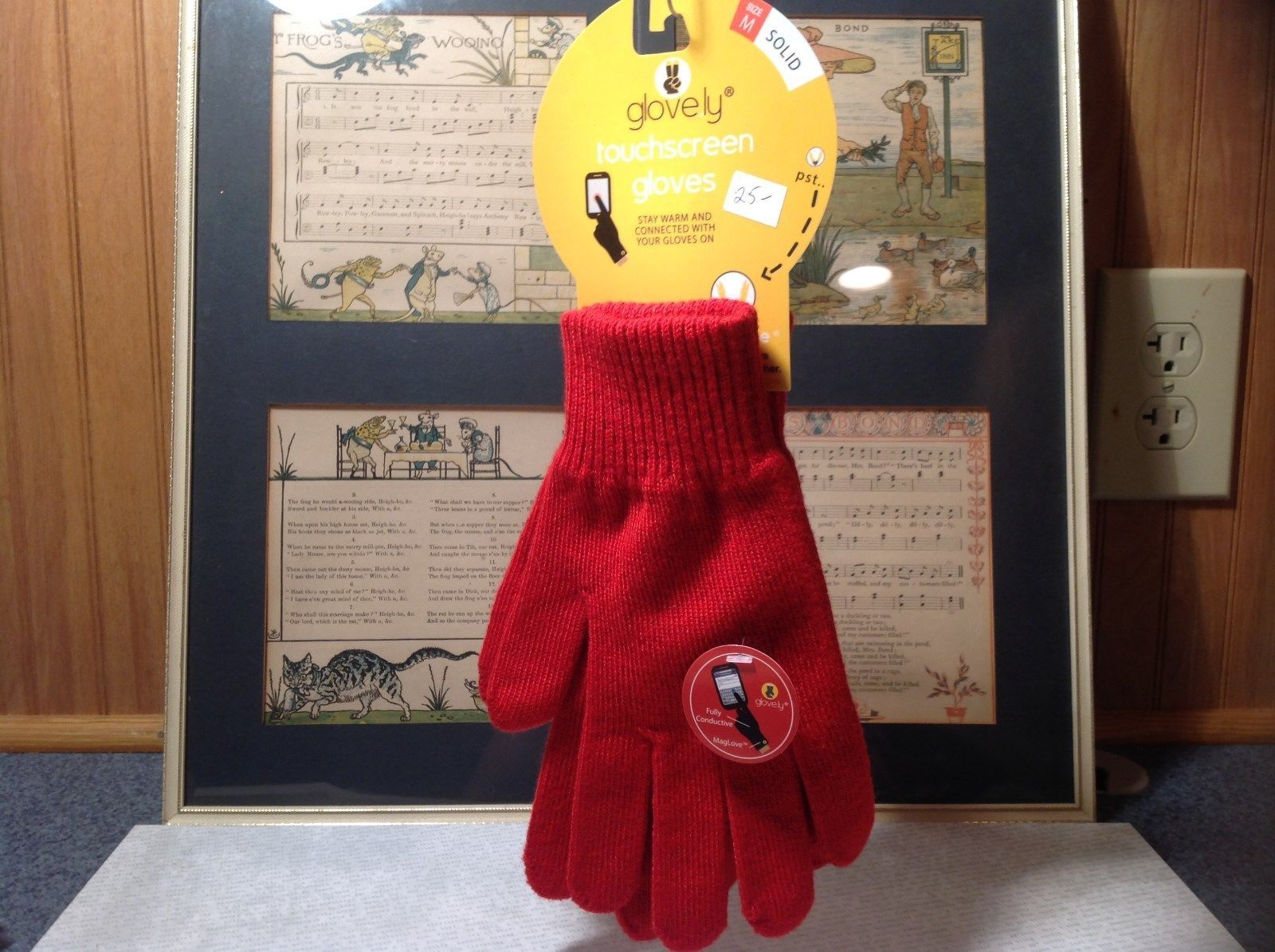 Red Glovely Touch Screen Gloves Hidden Magnets Keep Gloves Together Size Medium