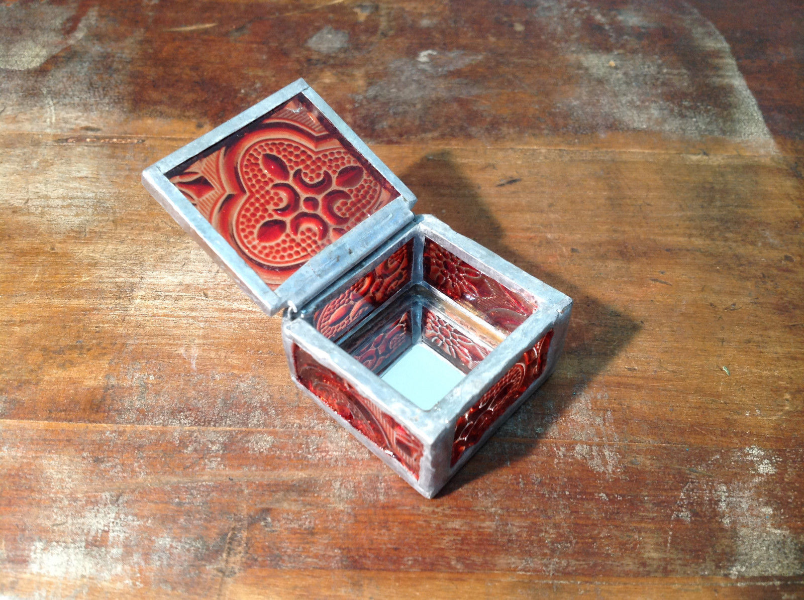 Red Embossed Glass Ring Box with Mirrored Bottom Paisley Designed Glass Handmade