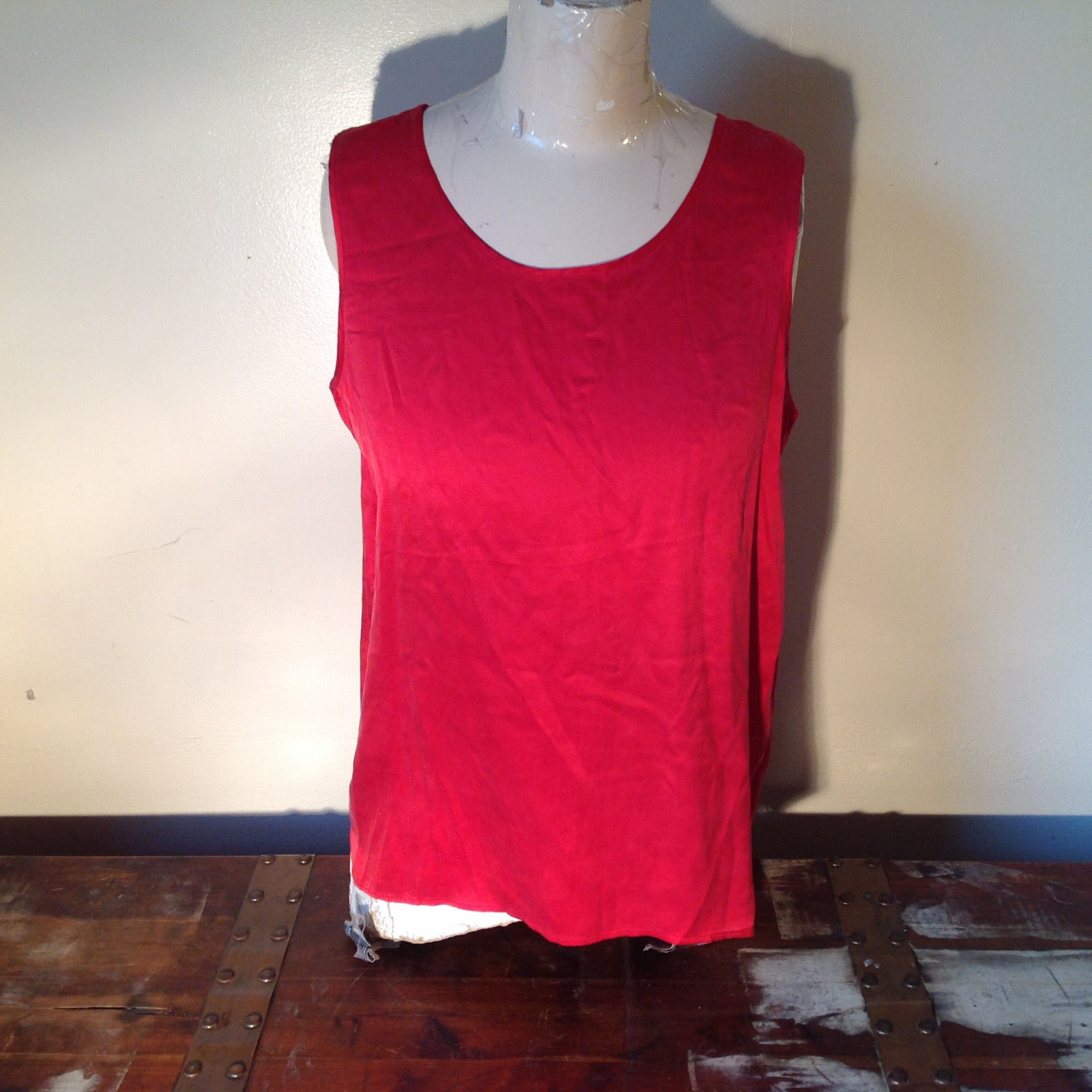 Red Dressy Sleeveless 100 Percent Silk Very Soft Top by Silk House Size Medium