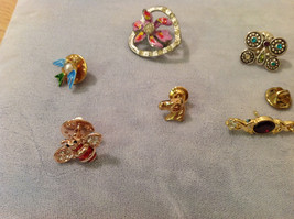 Lot of 8 different Costume Brooch Pins, assorted shapes and sizes image 2