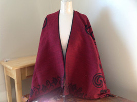 Red and Black Floral Designed Tasseled Shawl warm Ruana
