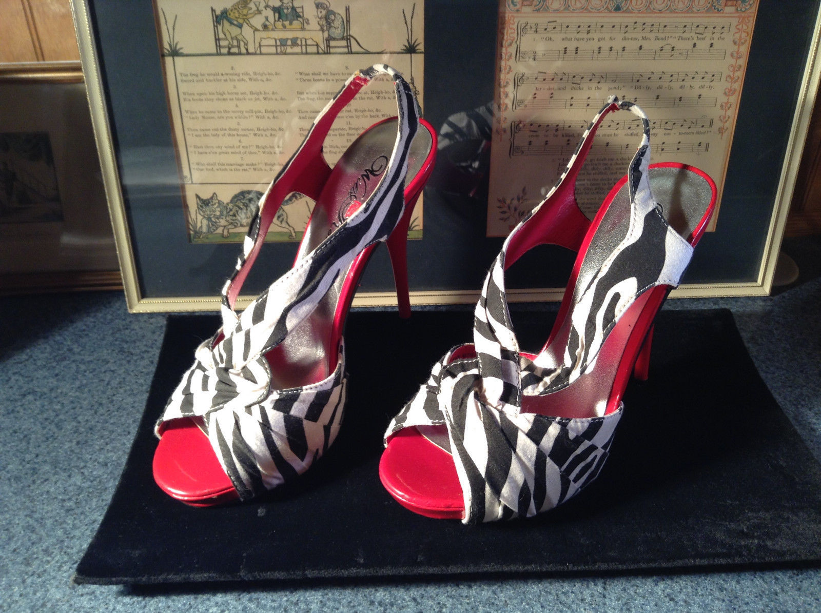 Red and Zebra High Heels Size 7 Wild Rose All Man Made Material