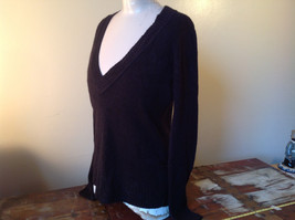 Lovely H and M Long Sleeve Black V Neck Sweater Soft  Made in Cambodia Size M image 3