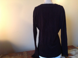 Lovely H and M Long Sleeve Black V Neck Sweater Soft  Made in Cambodia Size M image 4