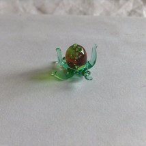 Micro Miniature small hand blown glass green octopus   made USA NIB image 2