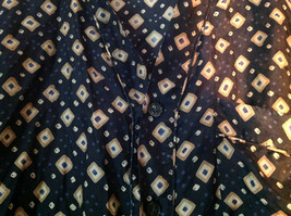 Perry Ellis Size Medium Silk Short Sleeve Shirt Dark Blue with Brown Diamonds image 2