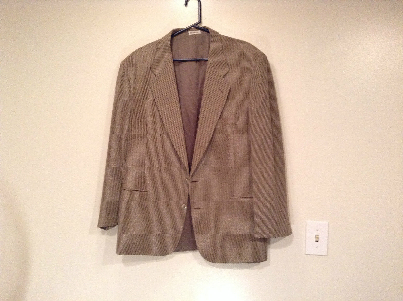 Saks Fifth Avenue Andrew Fezzo 100 Percent Wool Brown Plaid Suit Jacket Blazer