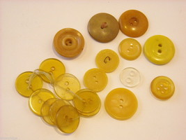 Mixed lot of vintage buttons in clear brown and yellow image 3