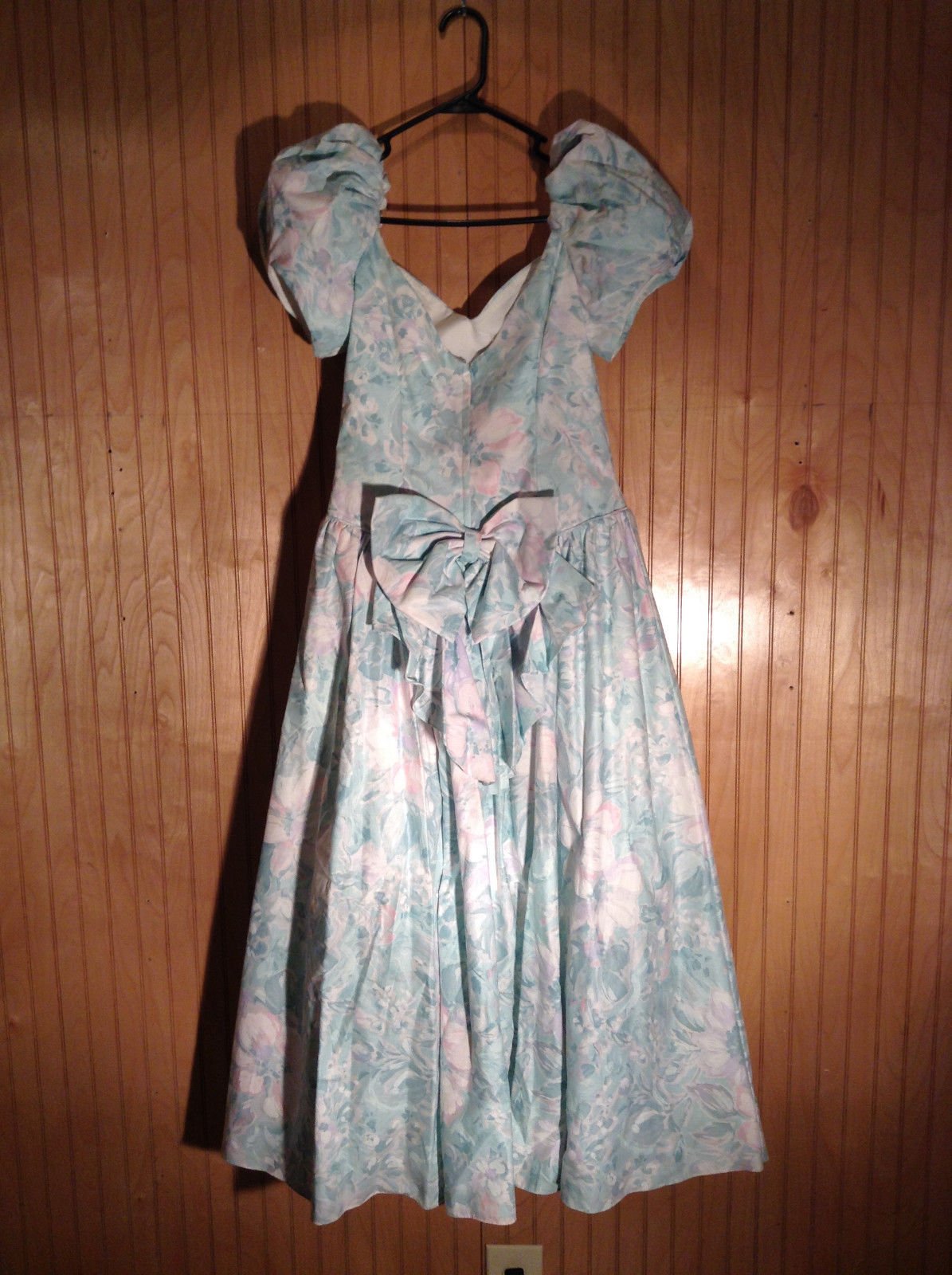 Seafoam Green Purple Floral Pattern Full Length Dress Ruffled Bottom Size 11-12