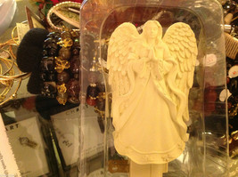 Serene Praying Angel Night light with bulb NIB - $34.64