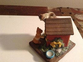 Porcelain Kittens Playing on Doghouse Figurine Display Piece image 4
