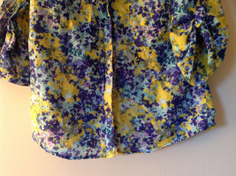 Navy Blue Yellow Floral Button Up Shirt by Ann Taylor V Neckline Collar Size 14 image 5