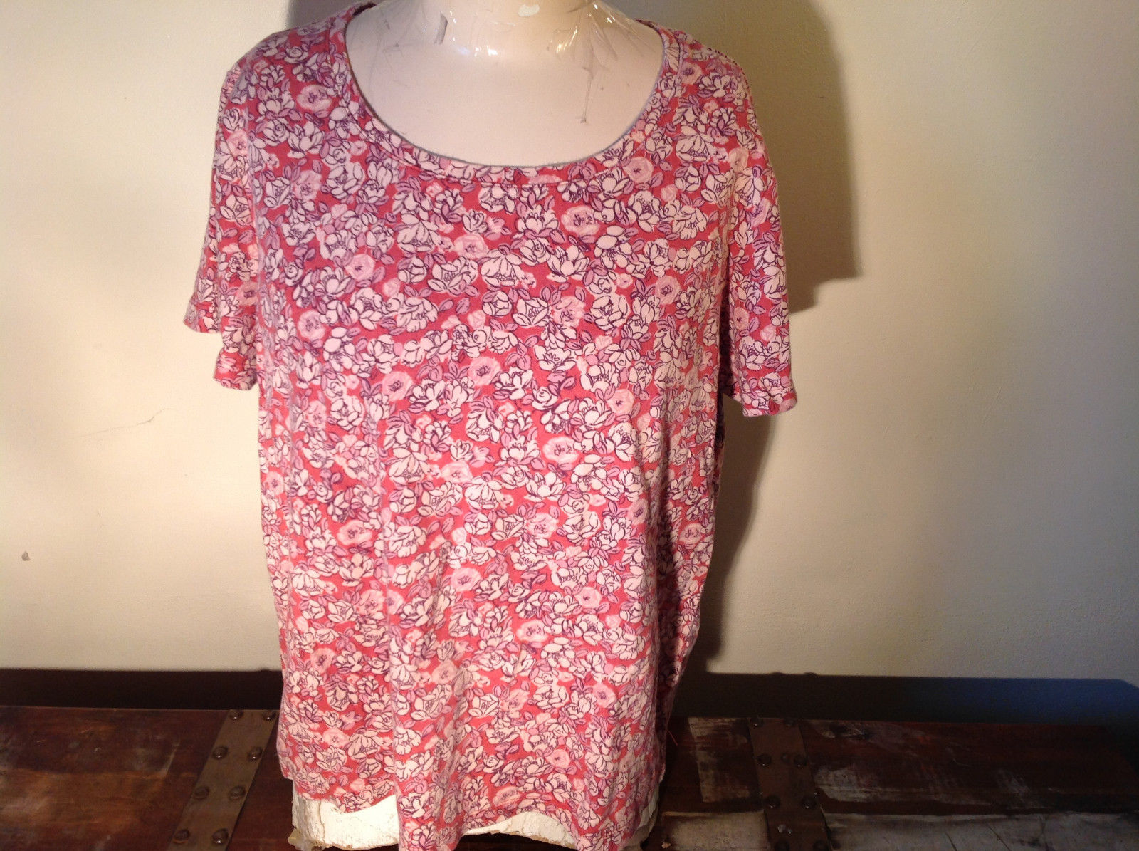 Short Sleeve Casual 100 Percent Cotton White Stag Top Pink with Flower Size XXL
