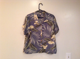 Short Sleeve Light Blue Gray with Floral Leaf Pattern Tommy Bahama Shirt Size L