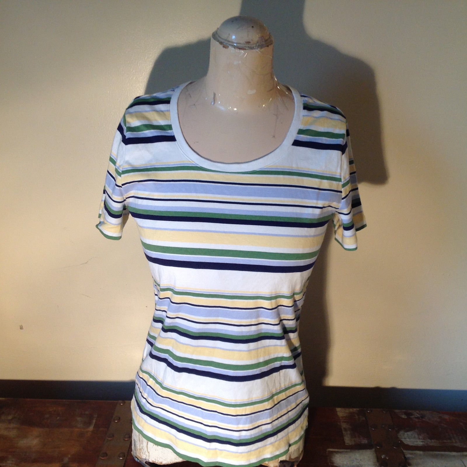 Short Sleeve White Stag 100 Percent Cotton Multicolored Striped Shirt Size M