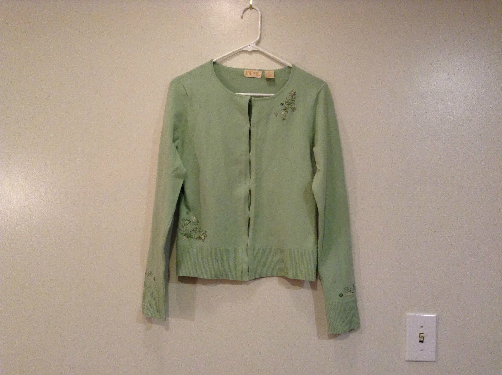 Shu and Shu Light Green with Embroidery Sweater Size L Hook and Eye Closure