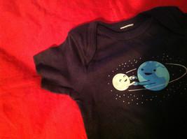 New Kids Threadless Short Sleeve Blue Shirt World & Moon Size 18 Months image 9