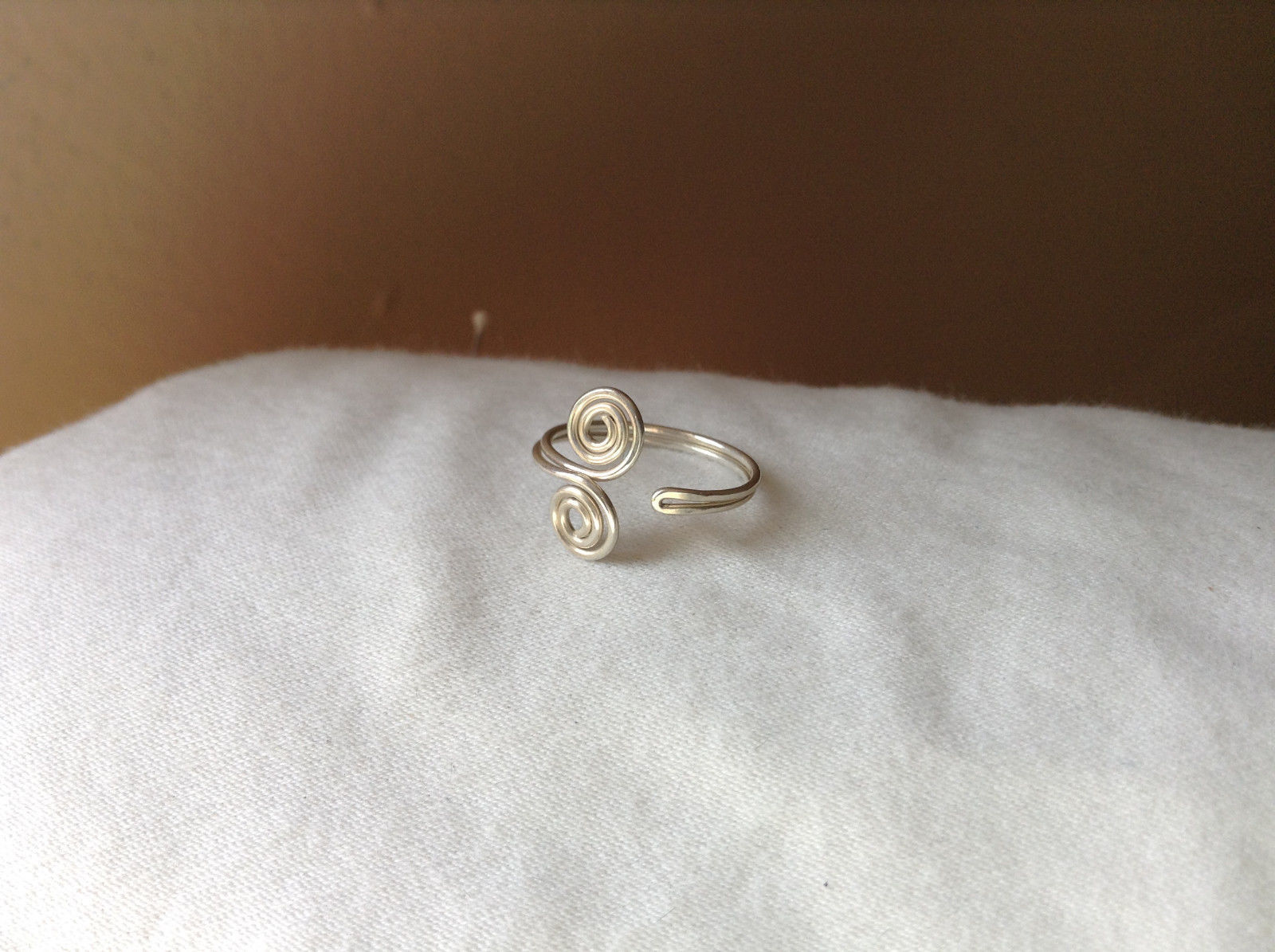 Silver Double Swirl Open and Adjustable Wire Toe Ring