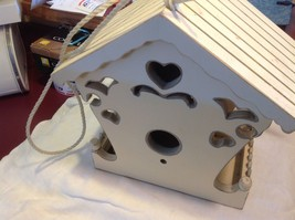 New birdhouse never used stored in the barn cream with hearts image 7