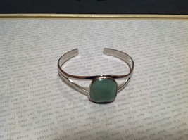 Silver Tone Geo Jewelry Bracelet with Light Blue Green Oblong Shaped Stone