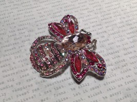 Silver Tone Crystal Inlaid Pink Bee Brooch Pin Light and Dark Pink