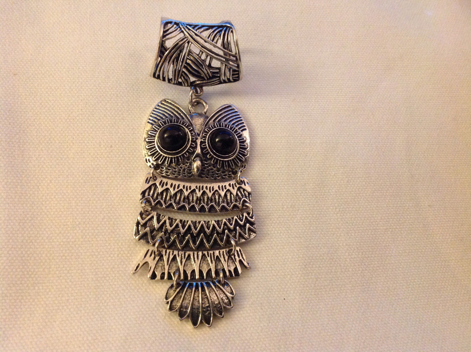 Silver Tone Owl Black Stones for Eyes Scarf Pendant 2 Inches Wide 4 Inches Long