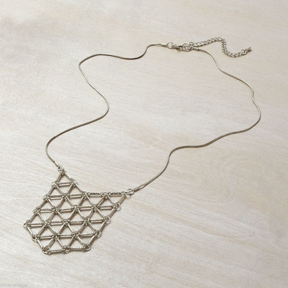 Silver  finish open link pendant necklace
