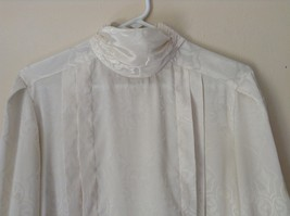 Nilani Vintage Off White Blouse 100 Percent Polyester Button Up Size 12 image 7
