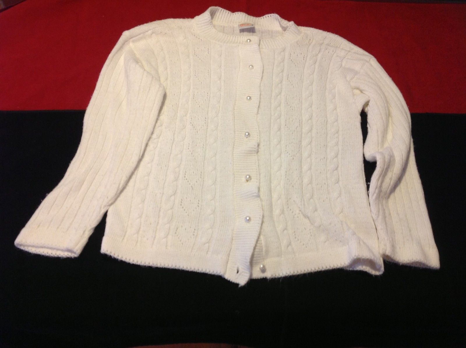 Simply Basic women's cream cardigan sweater with buttons size 17 in wide 22 Long