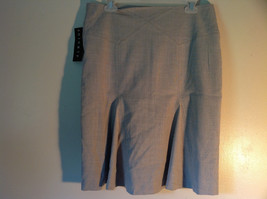 Ninety Size 8 Gray Skirt Zipper Closure on Side New with Tag Attached image 3
