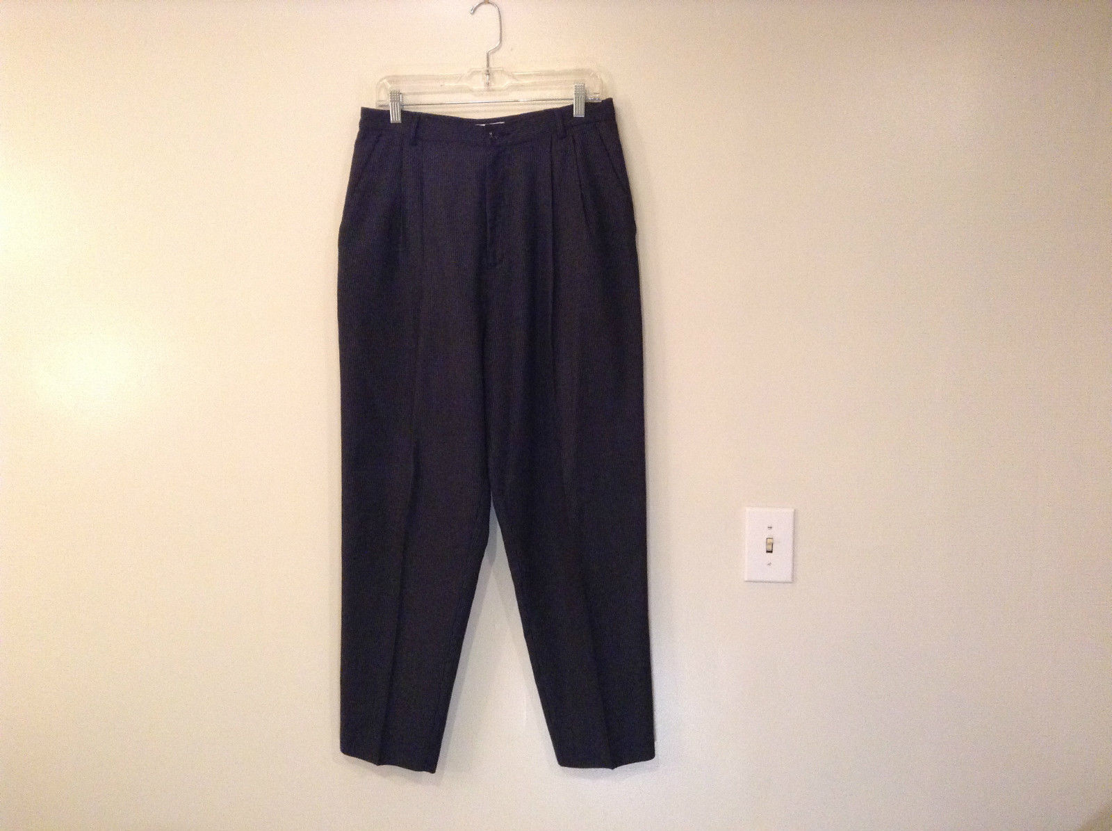 Size 16 Dressbarn Plaid Pattern Navy Blue Gray Strips Dress Pants Pleated Front