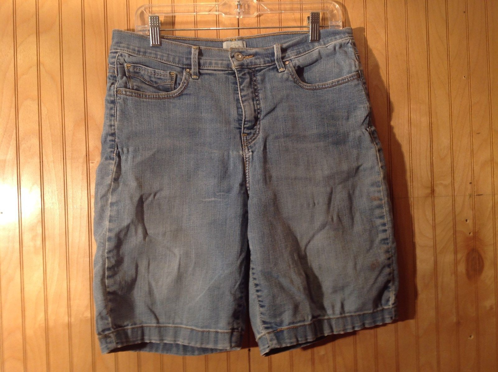 Size 14 Levis Denim Blue Shorts Perfectly Slimming Front and Back Pockets