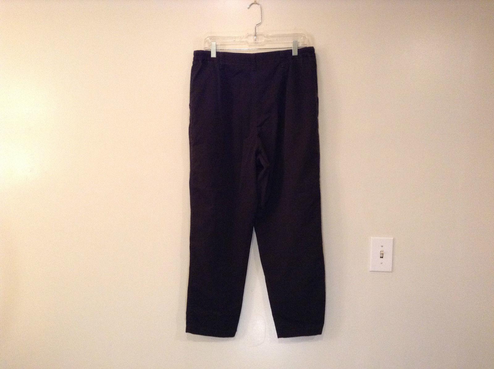 Size 16 Petite Black Lee Casual Pants Front Pleats Elastic Inserts on Waist