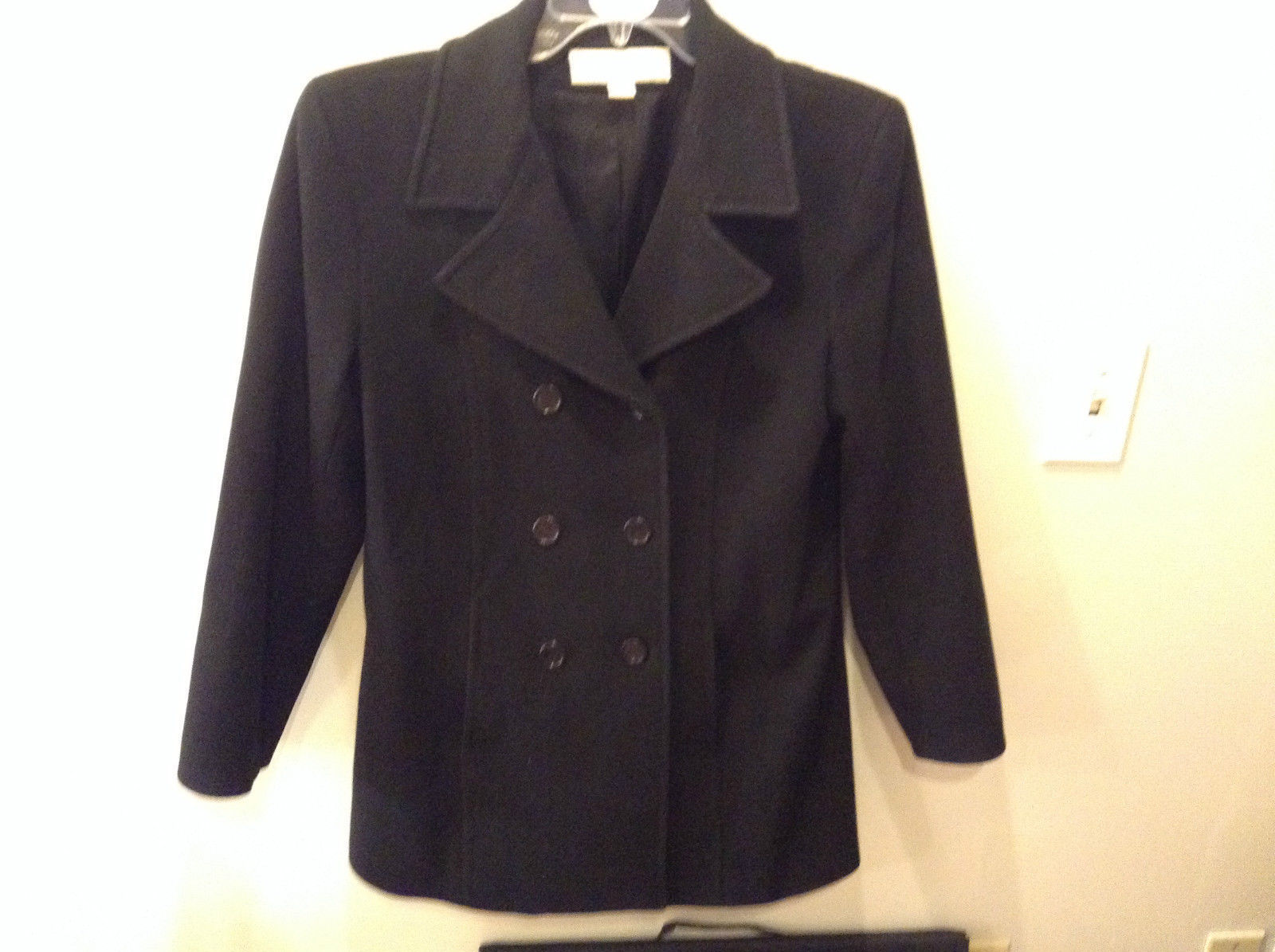 Size 8 Liz Claiborne Fully Lined Black Pea Coat Good Condition