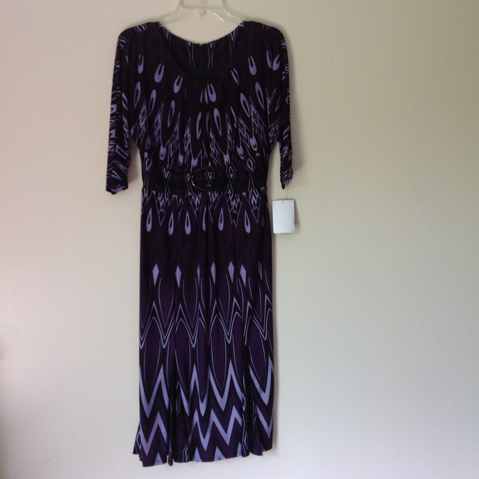 Size 8 NEW with Tag Purple Light Purple and Black Design Dress Zipper