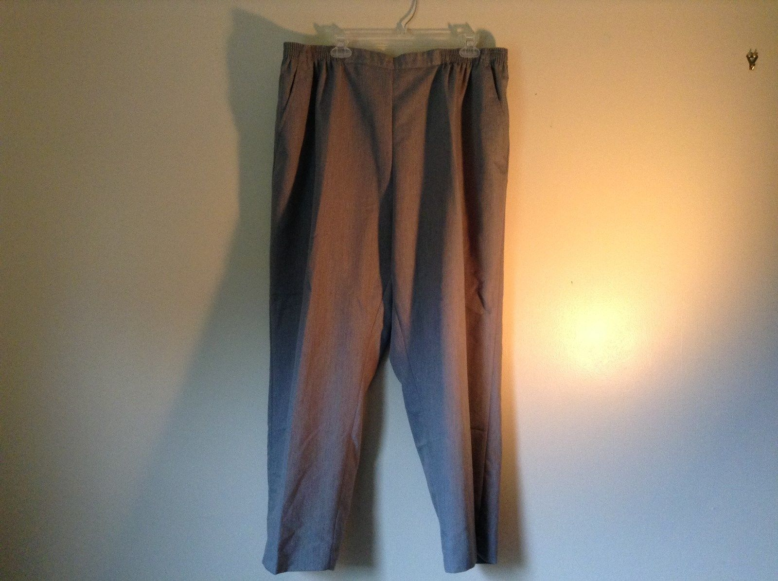 Size 22WP Drapers and Damon Light Blue Elastic Waistband Petite Pants