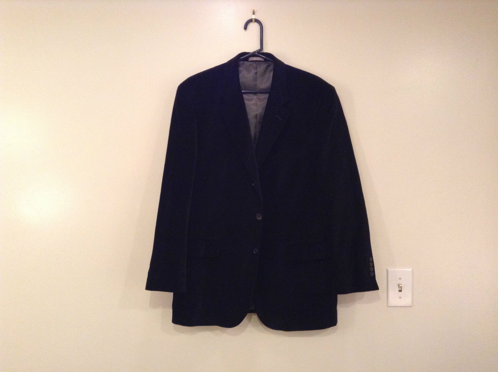Size 42R 100 Percent Cotton Apt 9 Fully Lined Black Suit Jacket Velvet Fabric