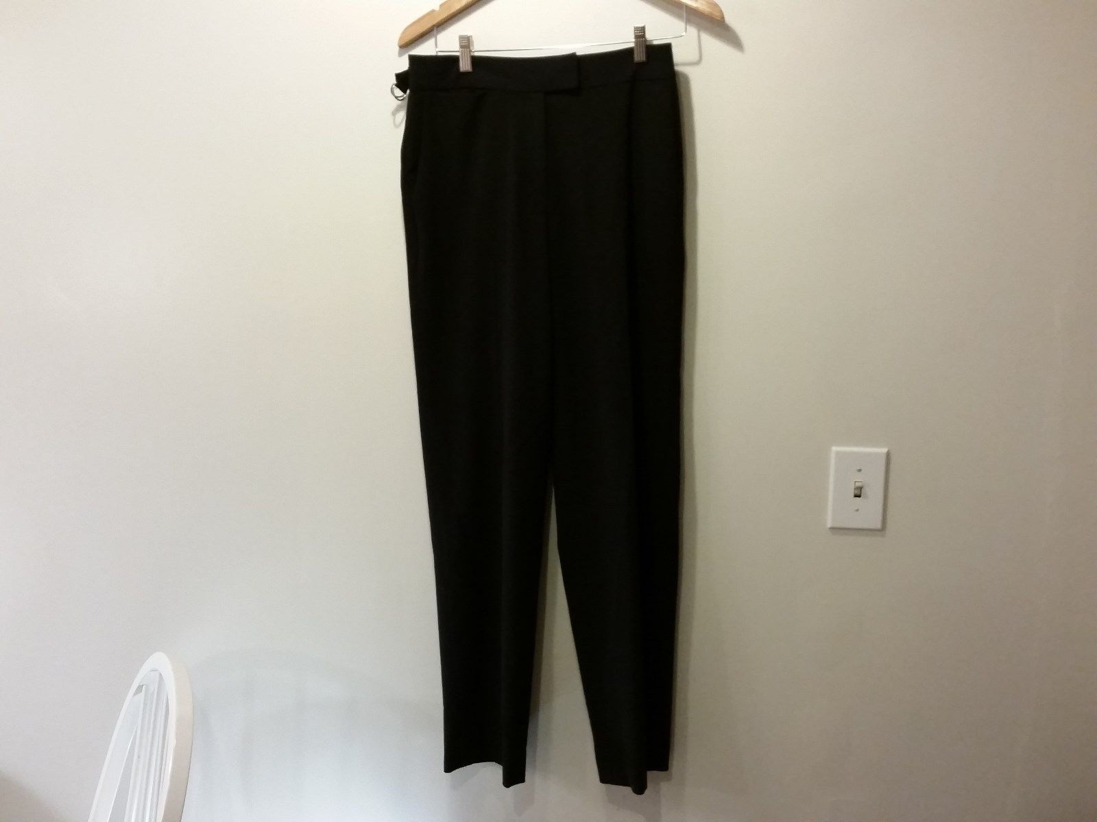 Size 8 Theory Black Pleated Front Dress Pants Zipper Button 2 Slide Closure