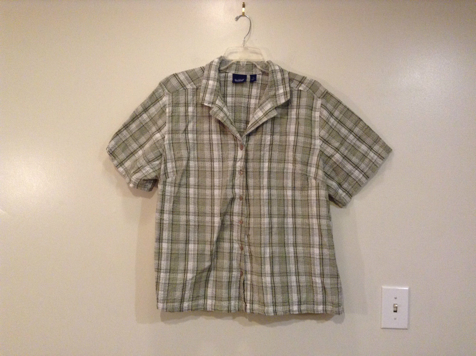 Size 3X Pale Green White Plaid V Neck Button Up Top Gloria Vanderbilt Casual