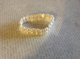 Pretty Stretchy White Pearl Bracelet image 3