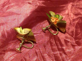 Pretty Seashell Vintage Screw-On Earrings with a Rose and Leaf 2 Inches image 3