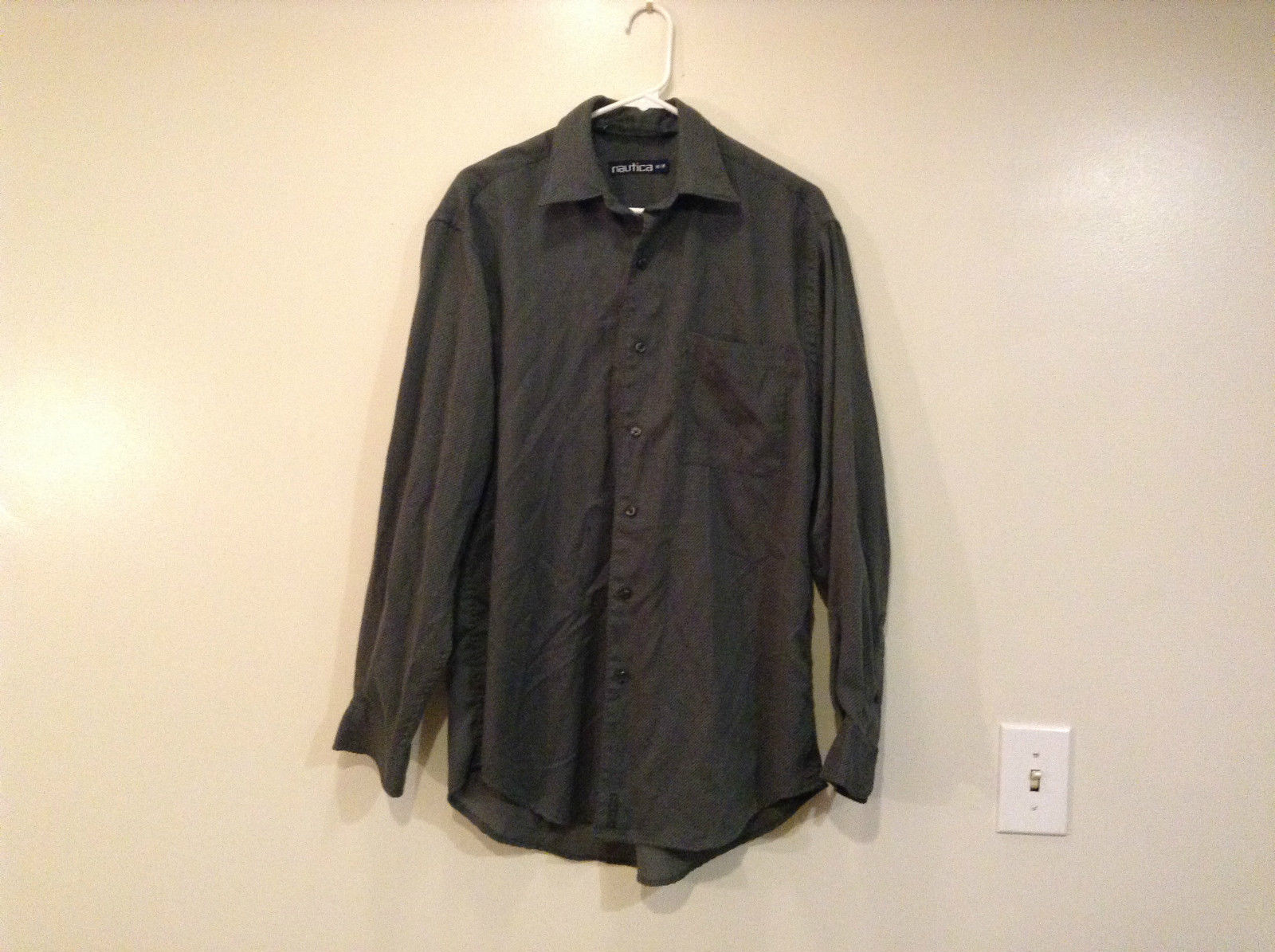 Size Medium Long Sleeve Button Up Front Nautica Dark Gray Casual Shirt